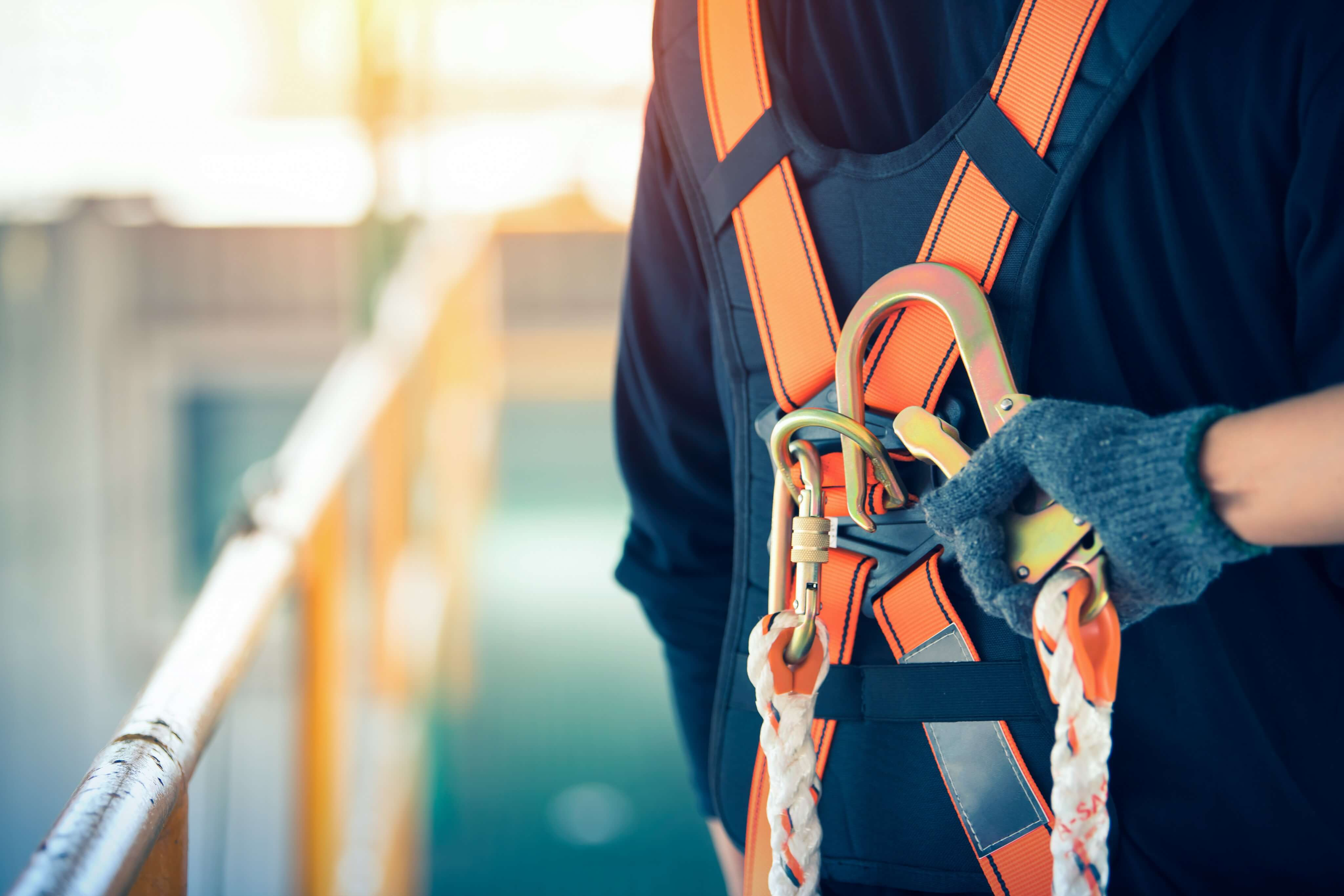 How to Avoid Fall Protection and Confined Space Equipment Rental Accidents