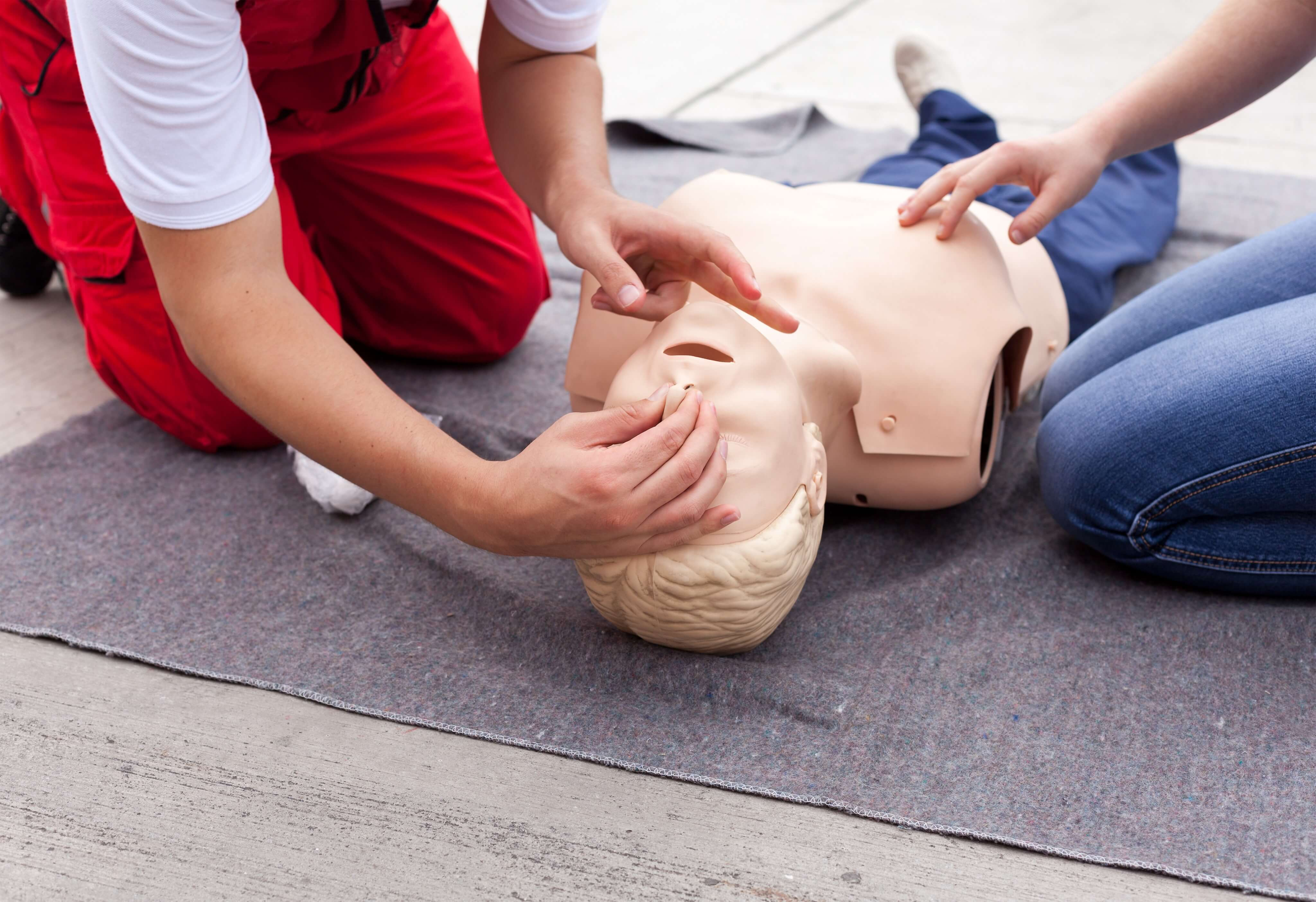Why it is Important All Employees Take a First Aid Training Course