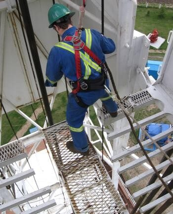 Do Your Workers Need a Fall Protection Course?