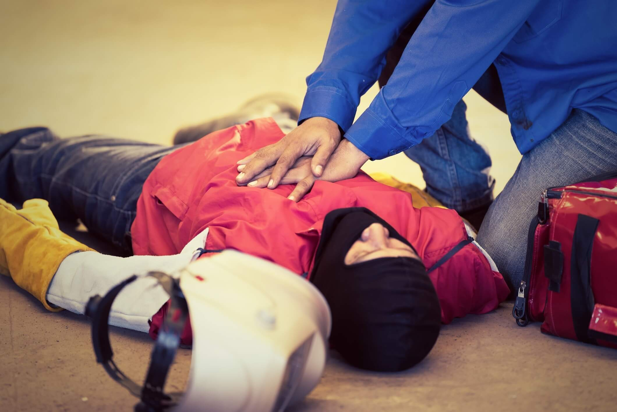 Do You Know How to Save a Life? Why You Need a First Aid Training Course