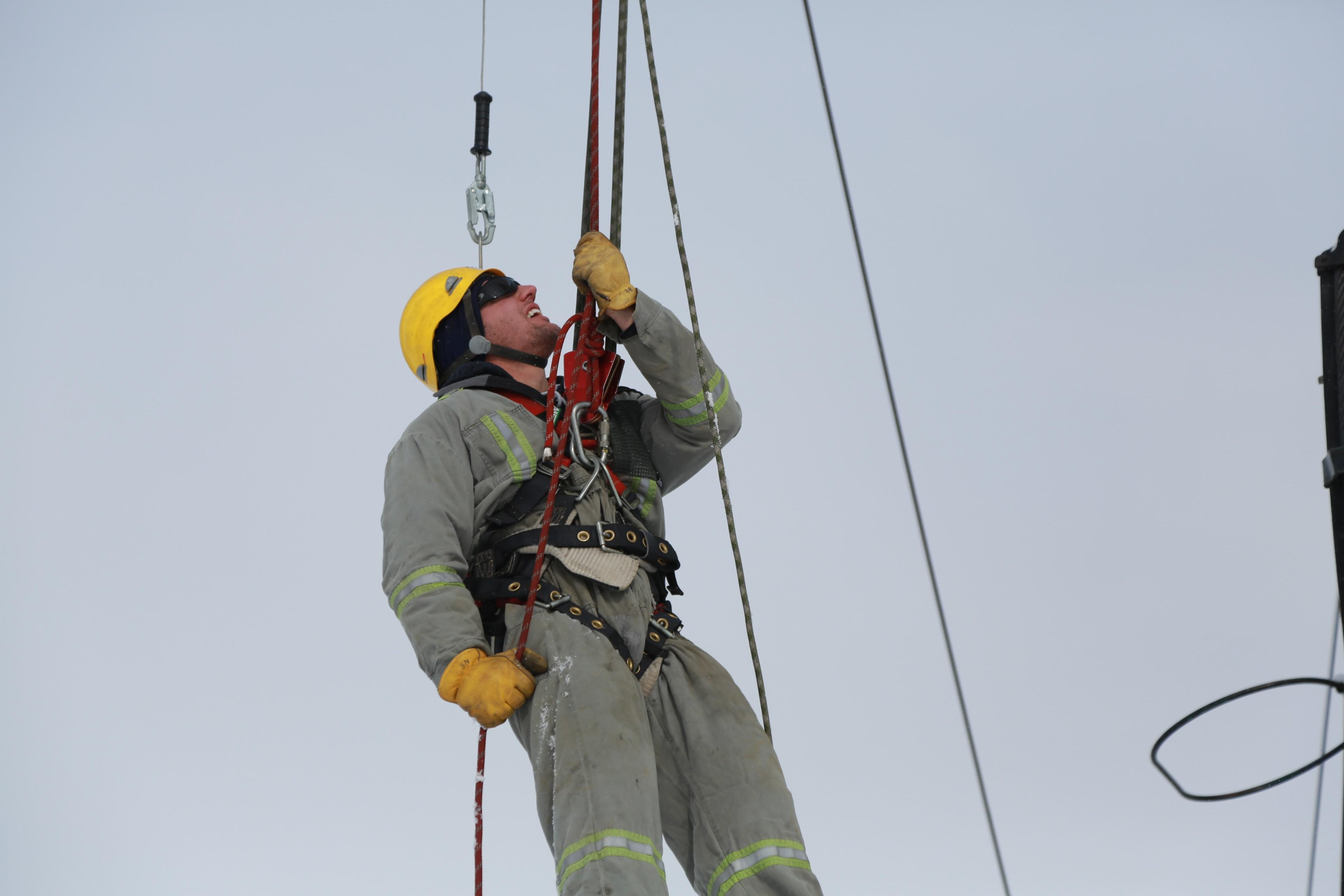 Why the Enform Rig Work Fall Protection Safety Course is Important for those Working in the Oil and Gas Industry