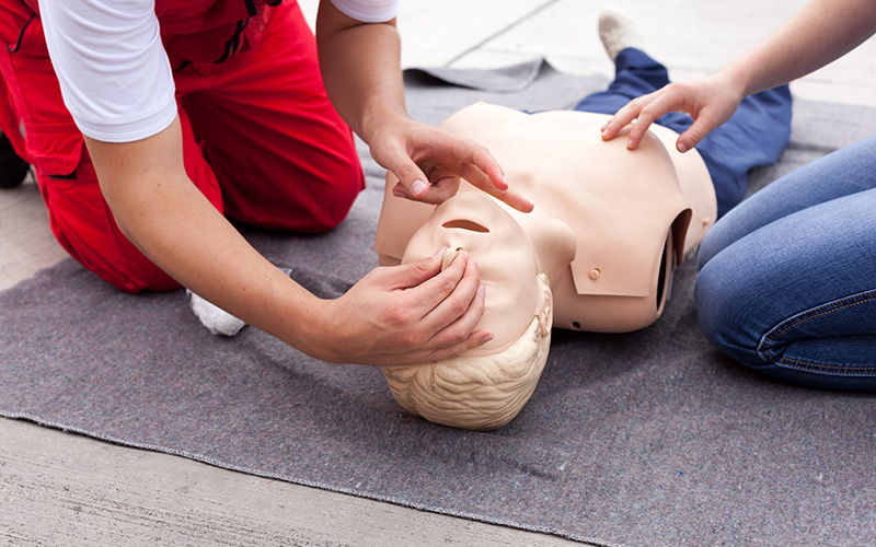 First Aid Courses in Edmonton and Devon from MI Safety