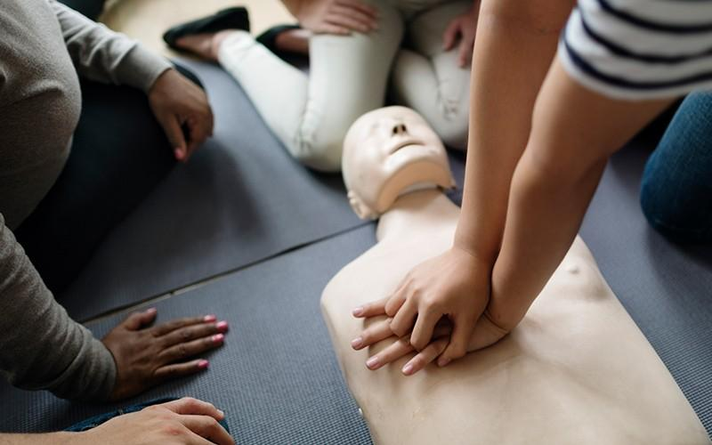 CPR Courses in Edmonton from MI Safety