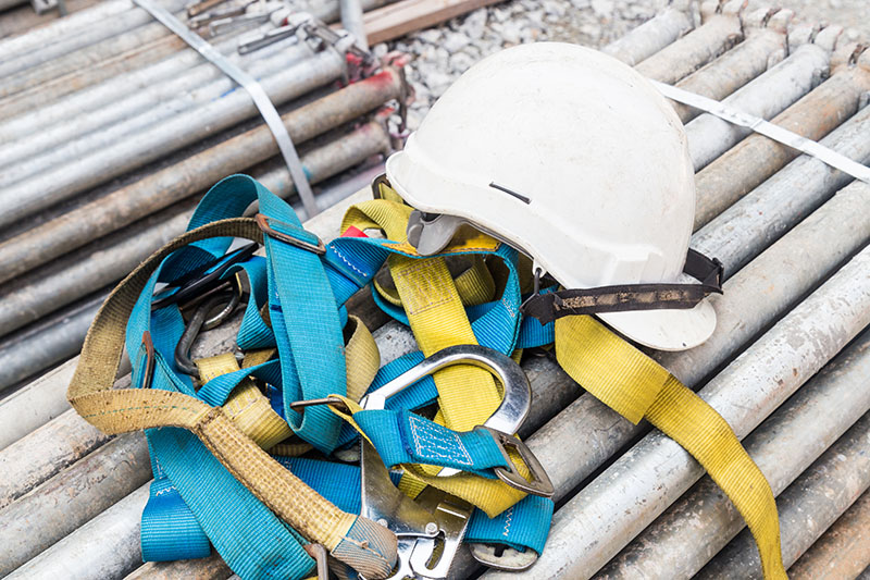 Fall Protection Training & Equipment at MI Saftey in Edmonton & Devon